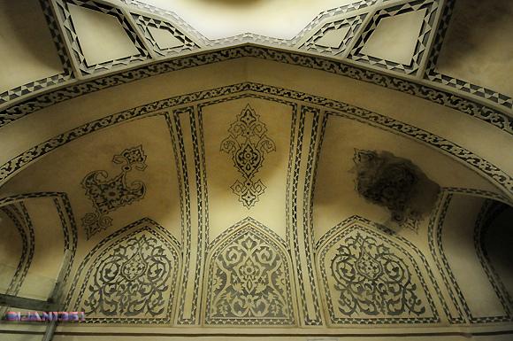 Qajari Bath - باغ