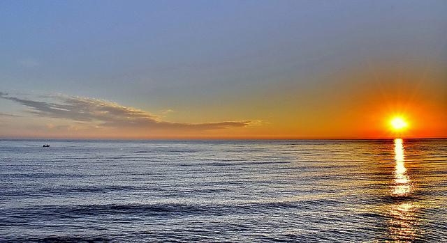 Caspian sea sunrise - طلوع خزر